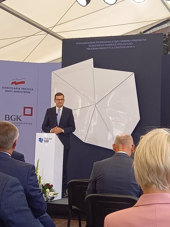 Premier Mateusz Morawiecki przyjechał do Kamieńca Ząbk. - Zdjęcie główne