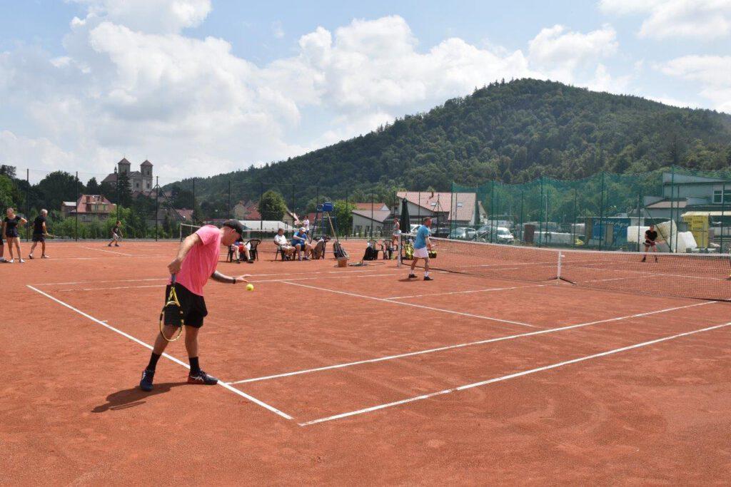 Bardo: Korty tenisowe otwarte [GALERIA] - Zdjęcie główne