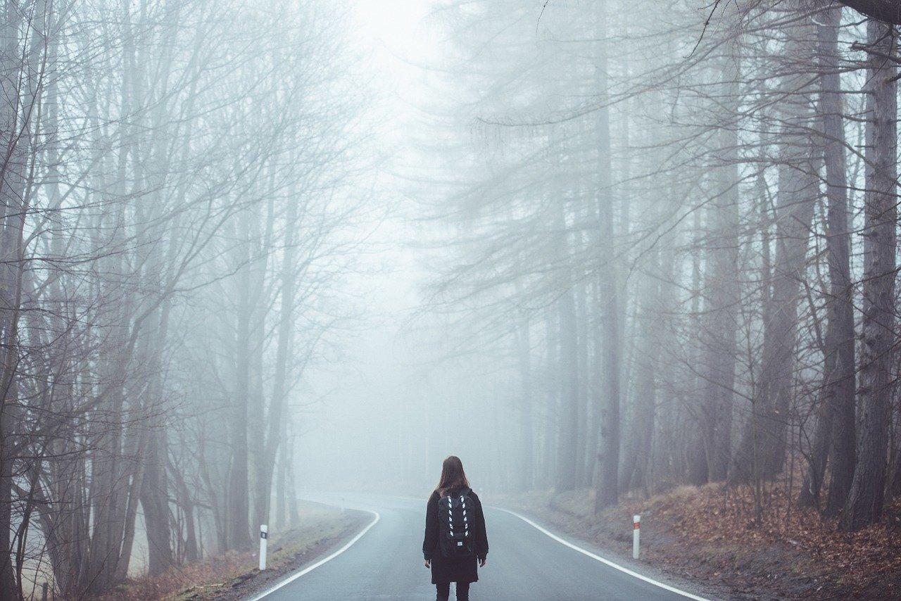 Uwaga, gęsta mgła - Zdjęcie główne