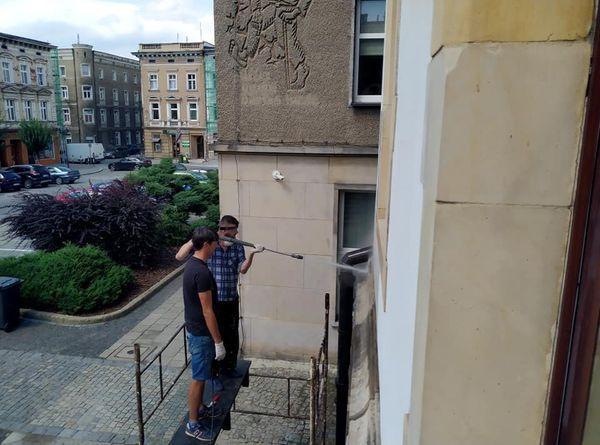 Ziębice. Rozpoczęła się rewitalizacja na budynku Ratusza Miejskiego  - Zdjęcie główne
