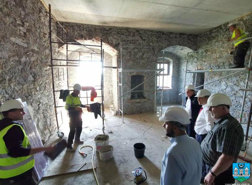 Ząbkowice Śl. Trwa remont zamku. Zobacz zdjęcia - Zdjęcie główne