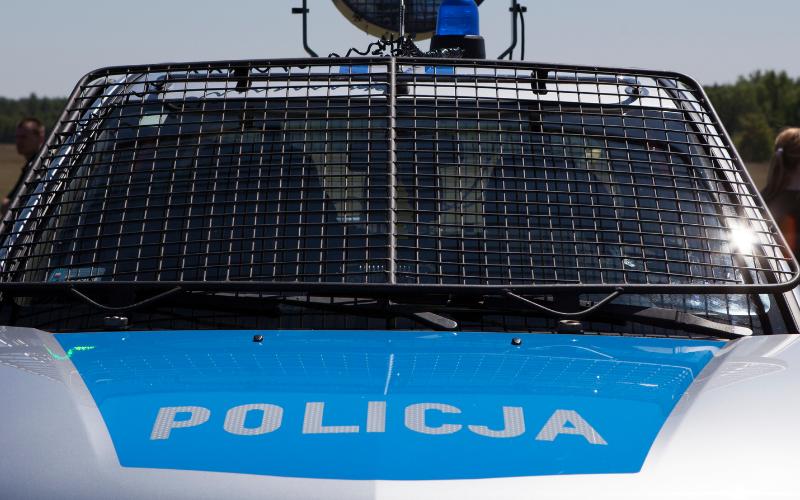 Gmina Ciepłowody: Kobieta wjechała samochodem do rowu. Doznała licznych obrażeń twarzy - Zdjęcie główne