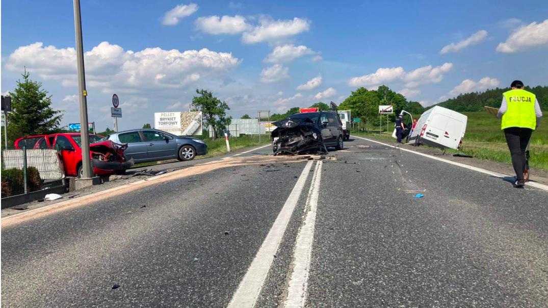 Zderzyły się 4 samochody. Są ranni - Zdjęcie główne