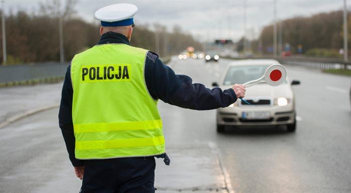 Powiat Ząbkowicki: Policyjny raport - na naszych drogach nie jest bezpiecznie - Zdjęcie główne