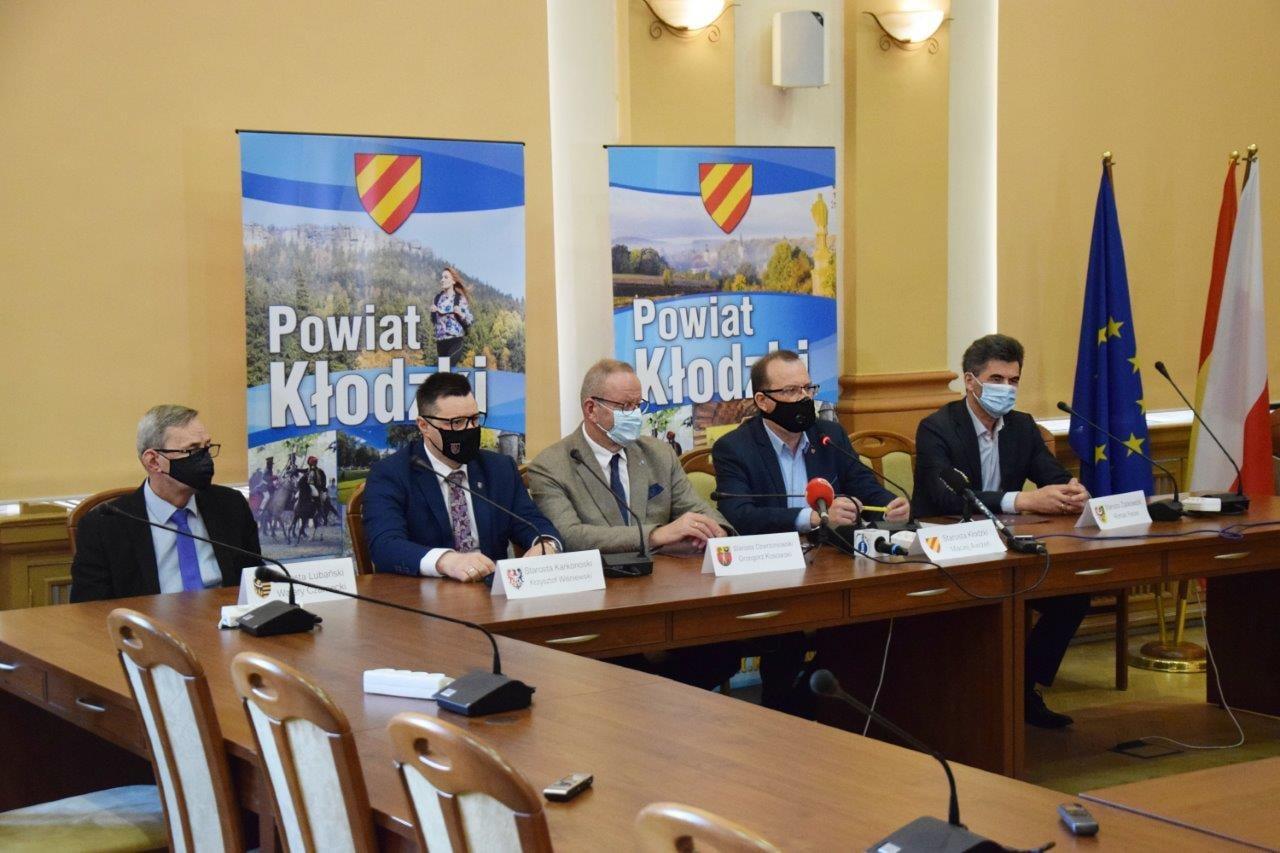 Powiat Ząbkowicki: Starostowie powiatów górskich apelują do premiera  - Zdjęcie główne