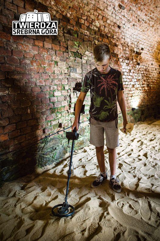 Twierdza Srebrna Góra. Poszukaj skarbów wykrywaczem metali - Zdjęcie główne