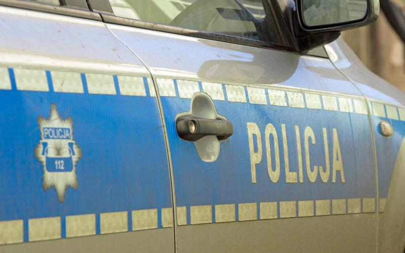 Ząbkowice Śląskie: Wypadek dwóch samochodów osobowych na skrzyżowaniu DK8 z ul. Legnicką  - Zdjęcie główne