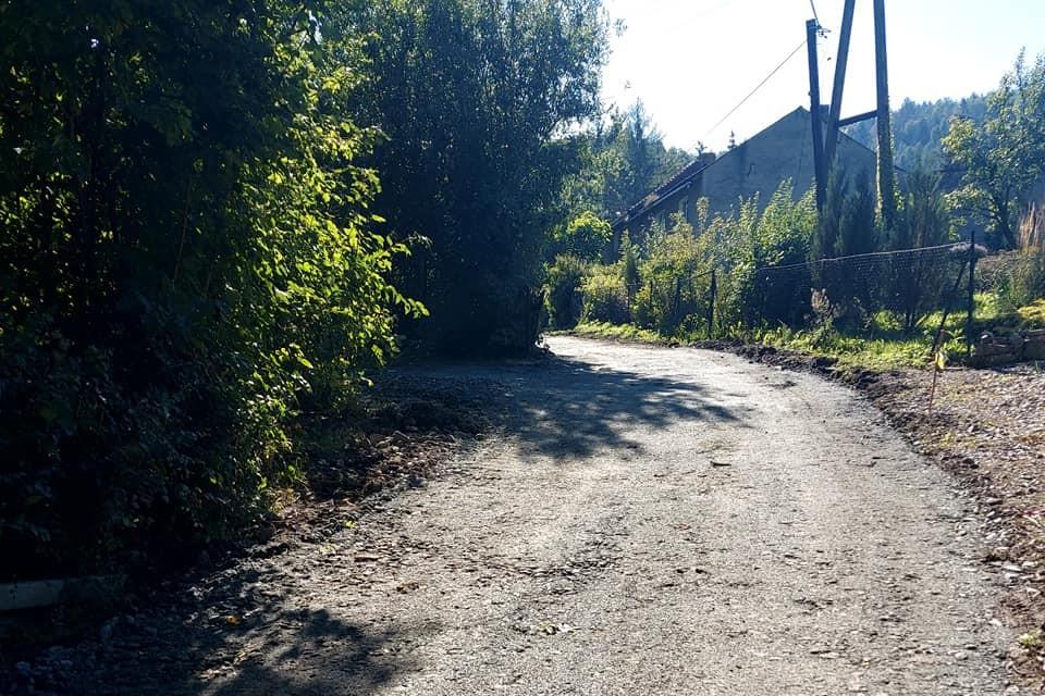 Gmina Stoszowice: Remont drogi w Żdanowie - Zdjęcie główne