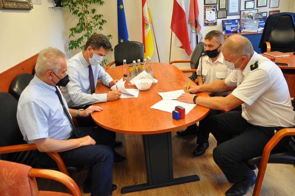 Powiat Ząbkowicki: Organizacje pozarządowe otrzymają 70 tys. z budżetu powiatu - Zdjęcie główne