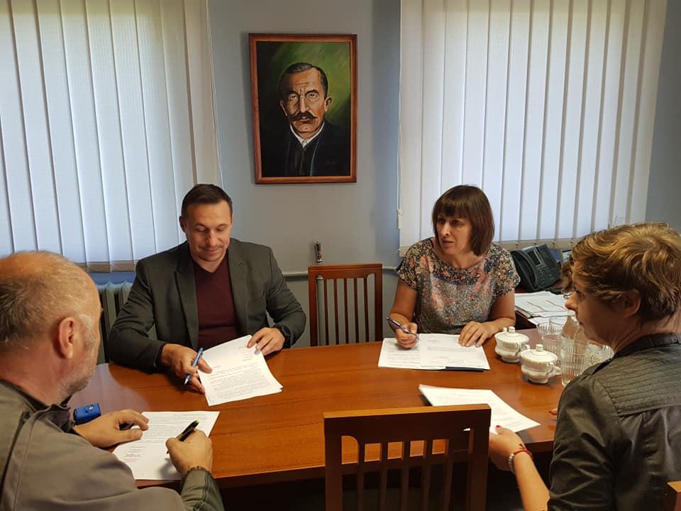Gmina Stoszowice: Wyremontują salę wiejską - Zdjęcie główne